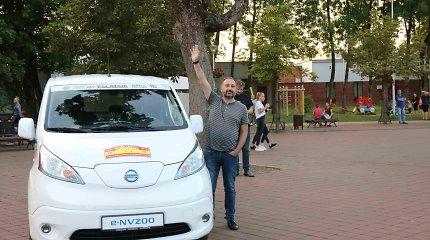 """Ralyje """"Aplink Lietuvą"""" elektromobilių slalome nugalėjo """"Nissan"""" furgonas"""