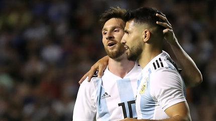 "Oficialu: ""Barcelona"" ataką sustiprins ""Man City"" legenda"