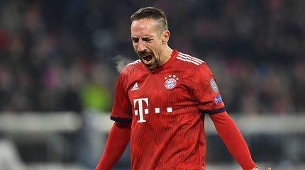 """F.Ribery prisipažino negalįs susitaikyti, jog taip ir nelaimėjo """"Auksinio kamuolio"""""""