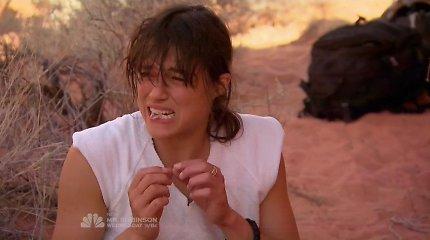 Aktorė Michelle Rodriguez per televizijos išgyvenimo šou suvalgė savo šlapime išvirtą pelę