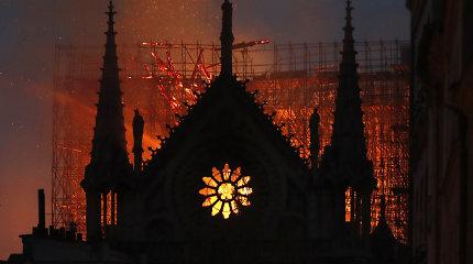Tarptautinis olimpinis komitetas skirs pusę milijono eurų Paryžiaus katedrai