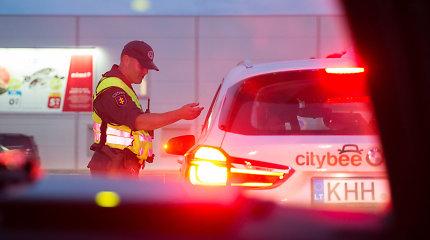 """""""CityBee"""" užmojį bausti 2000 eurų bauda girtus vairuotojus advokatas vertina įtariai"""