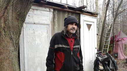 Išskirtinėje Klaipėdos vietoje benamis surentė ir nuomoja apartamentus varguoliams