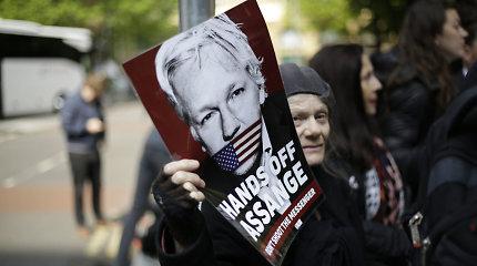 """JAV pateikė Jungtinei Karalystei prašymą išduoti """"WikiLeaks"""" įkūrėją J.Assange'ą"""