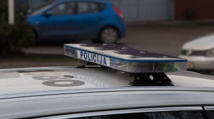 Policijos ieškotas vyras rastas negyvas: mašina apdegusi, rankos – su žaizdomis
