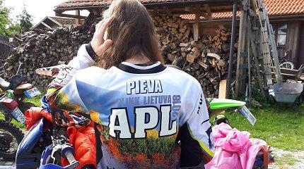 "Kelionė motociklais Lietuvos perimetru ""APL 2018"": Aldona ir džentelmenai"