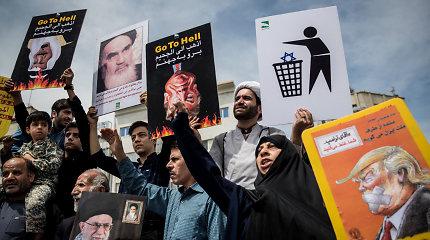 """Branduolinis susitarimas """"mirė"""", o įžeisti Irano nuosaikieji į naujas derybas gali nesileisti"""