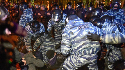 Jekaterinburge per protestus prieš cerkvės statybas sulaikyta dar 70 žmonių