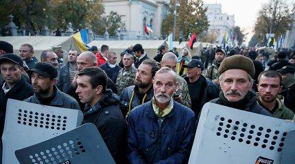 Politologas: Ukrainai būtų daug blogiau, jei Krymas ir Donbasas vėl taptų jos dalimi