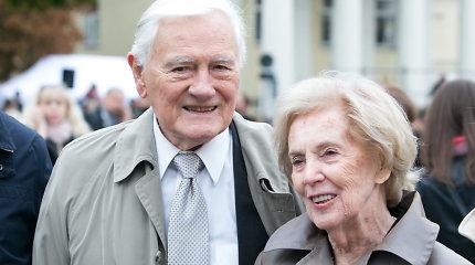 Almos ir Valdo Adamkų 70-ųjų vestuvių metinių garbei – septyni varpo dūžiai
