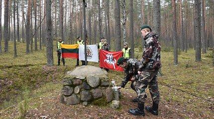 Varėniškiai prasmingu žygiu pagerbė čia žuvusius paskutinius Varėnos krašto partizanus
