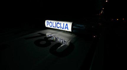 """Ieškomas Kėdainių rajone jauną vyrą mirtinai partrenkęs ir pasprukęs """"Golf"""" vairuotojas"""