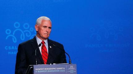 M.Pence'as tikisi, kad Aukščiausiasis Teismas apribos teisę į abortus JAV