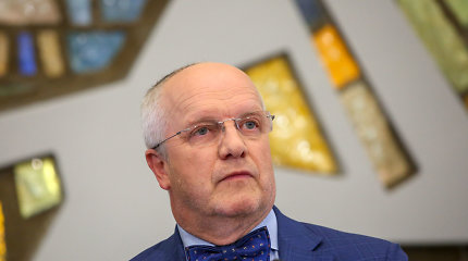 Juozas Olekas: Atsakykite, ar dažnai miegate savo darbo vietoje?