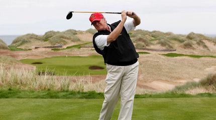 D.Trumpas Baltuosiuose rūmuose įsirengė naują golfo simuliatorių