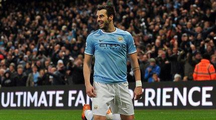 """""""Manchester City"""" puolėjas Alvaro Negredo susilaužė koją ir nežais kelis mėnesius"""