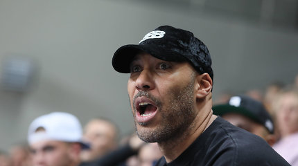 Skandalas JAV: už seksistinį komentarą LaVarui Ballui užtrenktos ESPN durys