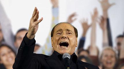 Italijos ekspremjeras Silvio Berlusconi hospitalizuotas dėl ūmaus inkstų skausmo
