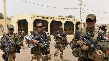 Per Prancūzijos oro antskrydžius Sahelyje nukauta 30 ekstremistų