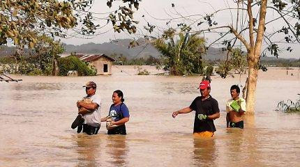 Filipinuose taifūno Phanfone aukų padaugėjo iki 28