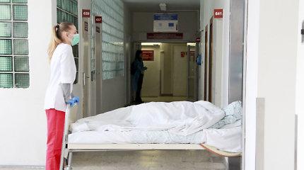 Vilkaviškio rajone aptiktas 70 proc. kūno nudegęs vyras: gulėjo savo namo kieme