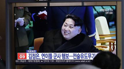 Šiaurės Korėja išbandė naują taktinį valdomą ginklą
