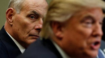 Baltųjų rūmų administracijos vadovas Johnas Kelly išvadino Donaldą Trumpą idiotu