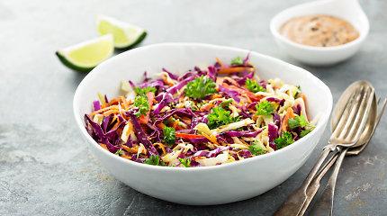 Kopūstų salotų įvairovė: 15 receptų – nuo tradicinių iki pikantiškų