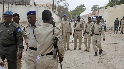 Somalio sostinėje smogikai paėmė įkaitų