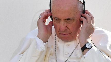 """Popiežius išreiškė """"gėdą"""" dėl Slovakijos žydų žudynių Holokausto metu"""