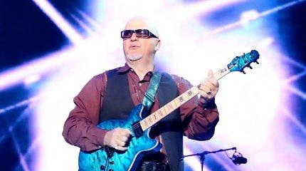Lietuvoje pirmą kartą koncertuos gitaros virtuozas Frankas Gambale su grupe