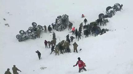 Po sniego lavinos Turkijoje išgelbėti 25 žmonės, žuvo mažiausiai 8