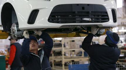 Kinų automobilių gamybos milžinė ketina atsisakyti visų benzininių automobilių