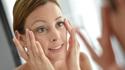 Plaukeliai ant veido: kaip ir kada su jais kovoti?