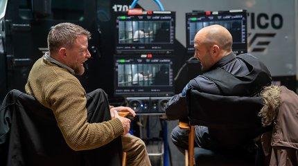 """G.Ritchie ir J.Stathamas po 15 metų vėl susivienijo filmui """"Vyriškas įniršis"""": tai kitoks jų trileris"""