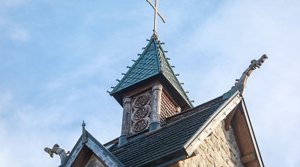 Po Paryžiaus katedros gaisro grupė Seimo narių siūlo imtis medinių bažnyčių apsaugos