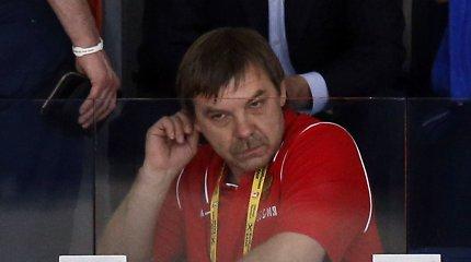 Mįslingas Rusijos ledo ritulio rinktinės trenerio pasitraukimas: įsiuto negavęs BMW?