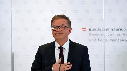 """Austrijos sveikatos apsaugos ministras traukiasi dėl """"persidirbimo"""""""