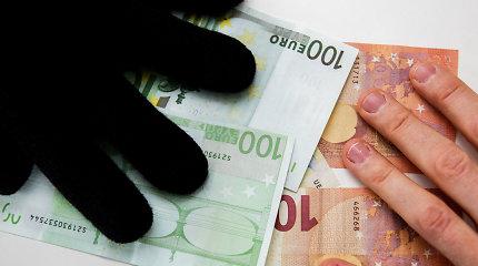 Dviem estams pateikti kaltinimai didžiausio masto pinigų plovimo byloje Suomijoje