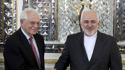 """ES diplomatijos vadovas Irane derėjosi dėl """"įtampos deeskalavimo"""""""