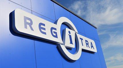 """""""Regitra"""" paaiškino, kaip bandys taisyti padėtį: dabartinė situacija ir eilių ilgis vairuotojų netenkina"""