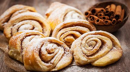 Cinamonu ir kardamonu kvepiantys kepiniai: 12 užburiančių receptų