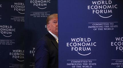 D.Trumpas pakartojo grasinimus įvesti 25 proc. muitus automobilių importui iš ES