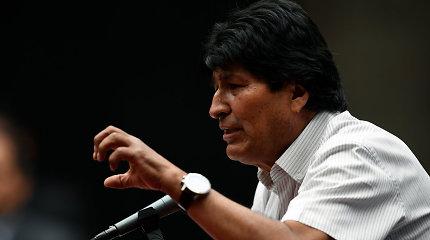 Laikinoji Bolivijos prezidentė atmetė Senato mėginimą suteikti amnestiją E.Moralesui
