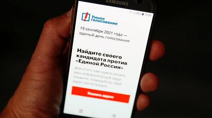 """A. Navalnas kaltina """"Google"""" ir """"Apple"""" tampant V.Putino padėjėjomis"""