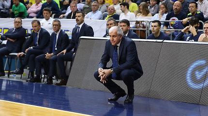 Po antausio sukrėstas Ž.Obradovičius mįslingai kalbėjo spaudos konferencijoje