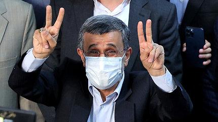 Irano žiniasklaida: M.Ahmadinejadas dalyvaus kovoje dėl prezidento posto