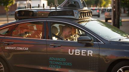 """""""Uber"""" pateikė IPO paraišką, siekdama aplenkti konkurentę """"Lyft"""""""