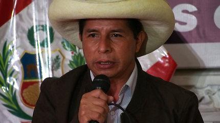 Peru išrinktuoju prezidentu paskelbtas kairuolis Pedro Castillo