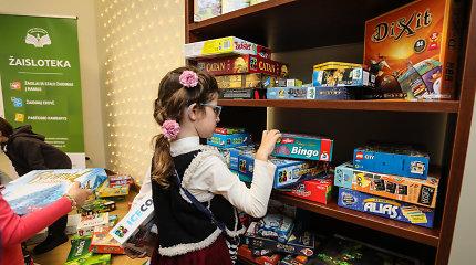 Nuo šiol mažieji kauniečiai iš bibliotekos galės pasiimti žaislų: duris atvėrė pirmoji Žaisloteka